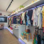 دکور فروشگاه پوشاک زنانه 57